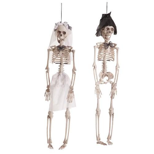 Époux et épouse squelette suspendu